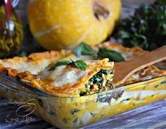 Лазанья из индейки со шпинатом и соусом из тыквы  В составе лазаньи — нежная индейка, бархатистый, сладковатый и насыщенный тыквенный соус и гармонично дополняющий общий вкус блюда шпинат. В сочетании с великолемными итальянскими сырами (моцарелла, маскарпоне и пармезан) получается прекрасное, с ярким вкусом блюдо. #готовимдома #едимдома #кулинария #домашняяеда #лазанья #индейка #соус #тыква #обед #вкусноисытно #итальянскоеблюдо #шпинат #мясное