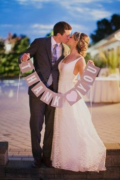 thank you wedding sign #thankyou http://www.weddingchicks.com/2013/11/25/big-bash-wedding/