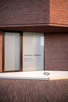 RE-ST Architecten, Belgian Brick Architecture Facing brick: Vande Moortel linea 3011 Clay paver: SeptimA Terrestre: