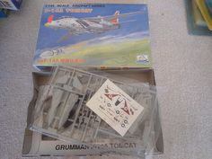 Mini Hobby #08 1/144 F-14A Tomcat US Navy Plastic Military Airplane Model Kit #MiniHobbyModels