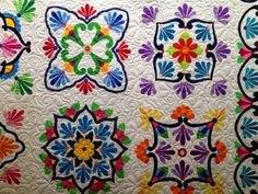 I found out that Phyllis' Amazing Quilt is actually called Fiesta Talavera! It IS made by Amazing Phyllis however. She emailed me . Quilt Square Patterns, Square Quilt, Applique Designs, Quilting Designs, Quilting Ideas, Applique Fabric, Felt Fabric, Applique Wall Hanging, Mexican Embroidery