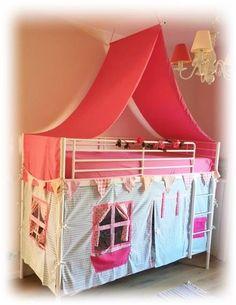 Meisjes kamer stapelbed Ikea hack bedtent speelhuis