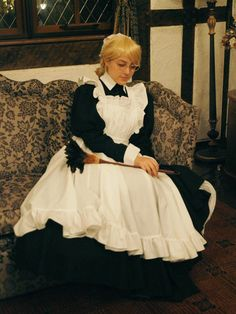 Maid Outfit, Maid Dress, Maid Cosplay, Cosplay Girls, Cute Girl Outfits, New Outfits, Butler Outfit, Victorian Maid, Petticoated Boys