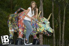 La foto más divertida con el Toro de La Bolsa, Galería