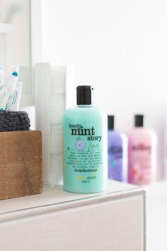 Produkte von Treaclemoon Beauty Nails, Beauty Skin, Beauty Makeup, Maybelline, Bath N Body, Bath And Body Works Perfume, Best Bath, Peeling, Bathroom Inspo