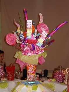 92 Great Candy Centerpieces Images Candy Centerpieces Dessert