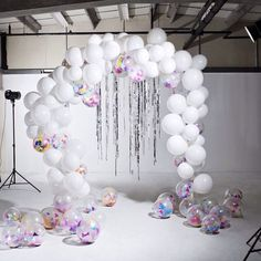 Bon Bon balloons arch of dreams