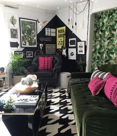 """279 Likes, 30 Comments - Designs by Jen (@blissfully_eclectic) on Instagram: """"I think I snapped a bajillion shots of my spaces yesterday morning when we had a moment of…"""""""