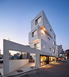 Gallery of Inter White / Architects Group RAUM - 2