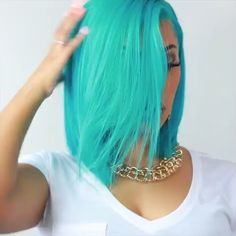 Best Picture For blue hair mechas azules For Your Taste You are looking for something, and it is goi Cute Hair Colors, Cool Hair Color, Mint Hair Color, Blue Ombre Hair, Aqua Hair, Blue Wig, Neon Hair, Turquoise Hair, Bright Hair