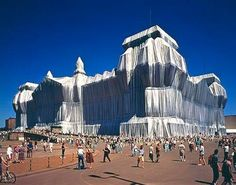 """Christo and Jeanne Claude Wrapping the """"Reichstag"""" in Berlin, Germany"""