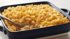 Homemade Baked Macaroni and Cheese: This creamy, cheesy baked macaroni and cheese is a true crowd pleaser! This southern-inspired comfort food packs a home-style flavor that both kids and adults will love. Cheese Recipes, Cooking Recipes, Pasta Recipes, Lobster Recipes, Grilling Recipes, Casserole Recipes, Vegetarian Recipes, Side Dishes, Main Dishes