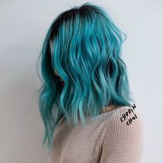 Turquoise hair ombre, aqua hair color, bright blue hair, orange and pink . Aqua Hair Color, Bright Blue Hair, Bright Hair Colors, Colorful Hair, Turquoise Hair Ombre, Color Blue, Teal Blue, Pink, Dye My Hair