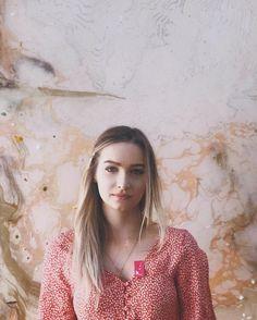 Dasha Butakova в Instagram: «Один из музеев который вызывает у меня разные эмоции,это Киасма. В прямом смысле от любви до неприязни. И так как раз в пол года выставки…» My Photos, Inspiration, Instagram, Women, Fashion, Biblical Inspiration, Moda, Fashion Styles, Fashion Illustrations