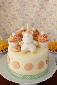 Cute Unicorn Cake.