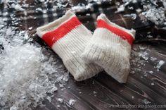 old socks + rice = DIY handwarmers