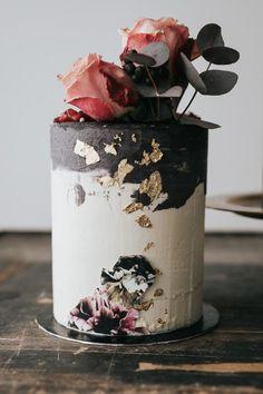 Beautiful, innovative wedding cake design #weddingcakes