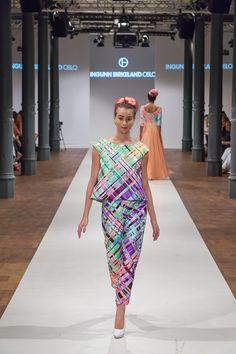 showfloor-berlin-ingunn-birkeland-fashion-week-berlin-ss-15-8212 Berlin Fashion, Textiles, Prom Dresses, Formal Dresses, Ss 15, Weaving, Fabric, Clothes, Quilting