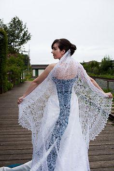 Love this idea for a veil! Ravelry: megknitficent's Wedding Veil!