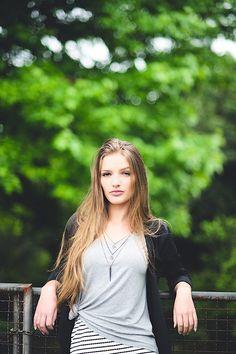 Stylish Girls Photos, Girl Photos, Fairy Photoshoot, Foto Pose, Female Poses, Portrait Photography, Elmo, Beautiful, Style