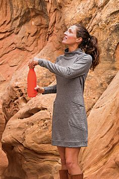 Flex Dress - Whether we are flexing across time zones, hemispheres, seasons or laundry days, the wrinkle-free fabric wears well through it all.
