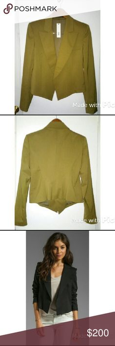 """Theory Joji Caledon Blazer Theory joji slightly cropped open front blazer in Sandstone. Wide notched lapels. Long sleeves. 2 side hem pockets. Fully lined. 20"""" from shoulder to hem. Shell: 99% Virgin Wool 1% Elastane. Lining: 100% Polyester. Last pic for fit reference. Theory Jackets & Coats Blazers"""