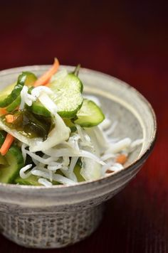 Cucumber and Wakame Sea Vegetable Salad | Su-no-mono 酢の物