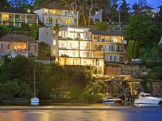 Linley Point, NSW  Sales Agents - Justin Wang, Michael Zhu  House 18 - Sydney  02 9261 3838 26/6/13