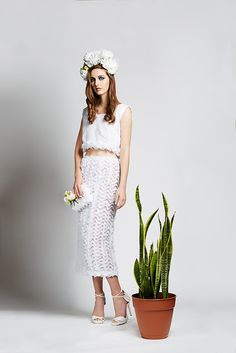 Dur Doux is an affordable luxury lifestyle brand that is built on the concept of wearability with an avant-garde sensibility. Lace Skirt, Midi Skirt, All White, Luxury Lifestyle, Ready To Wear, Two Piece Skirt Set, Spring Summer, Crop Tops, Womens Fashion