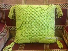 3 moldes para hacer Funda de cojín a crochetConMoldes.com Crochet Home, Crochet Granny, Free Crochet, Crochet Pillow Cases, Crochet Cushions, Square Patterns, Craft Projects, Throw Pillows, Blanket