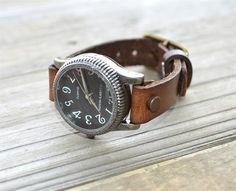 Women vintage watch,Womens leather watch, Rustic Wrist Watch, Leather cuff watch, Cowhide Vintage watch