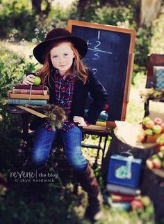 School pictures for homeschoolers--LOVE!