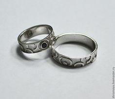 Свадебные украшения ручной работы. Ярмарка Мастеров - ручная работа Свадебные кольца из белого золота с черным бриллиантом. Handmade.