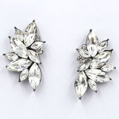 Earring Type: Stud Earrings Item Type: Earrings Fine or Fashion: Fashion Material: Crystal Style: Trendy Back Finding: Push-back Metals Type: Zinc Alloy Shape\pattern: Water Drop Model Number: stud ea