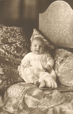 Queen Marie of Romania Gallery / Prinţul Mircea Postcard