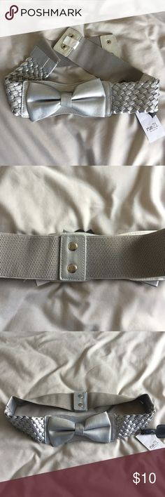 Fashion Belt Gray fashion belt with bow for clothing. Looks great with dresses or skirts. Brand new with tag. Rue 21 Accessories Belts
