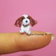00105 - Cavalier king charles-spaniël crochet amigurumi dollhouse gift puppy dog gehaakte hond (26)
