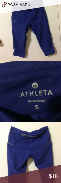 😍lovely jogging pant ❤beautiful jogging pant 78% polyester  22% spandex with multiple pockets, excelente choice, final price, like new , nevera worn!!! Final price Athleta Pants Leggings