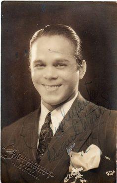 Cuba/ Mr Babalu/ En esta foto Miguelito Valdes -Mr Babalu. Fue un gran cantante cubano. Y antes de cantante fue campeón de boxeo.
