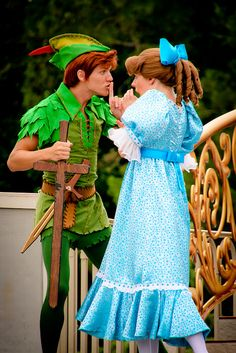 Peter Pan and Wendy Darling from Peter Pan. There are no words to describe my love for Peter Pan. I need to meet him at Disneyland Peter Pan Wendy, Wendy Costume Peter Pan, Peter Pan Costumes, Disney Love, Disney Magic, Disney Stuff, Disney And Dreamworks, Disney Pixar, Disney Cosplay
