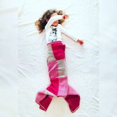 Wie wichtig ist es die Phantasie leben zu lassen Christmas Stockings, Holiday Decor, Instagram, Fish Tail, Princess, Life, Kids
