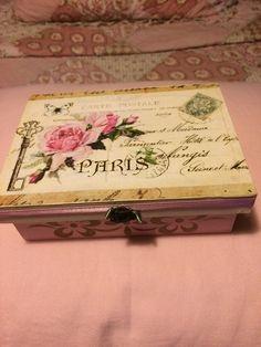 Caja vintage por Rosana Najar