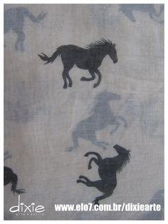Lenço Branco Cavalos  www.elo7.com.br/dixiearte