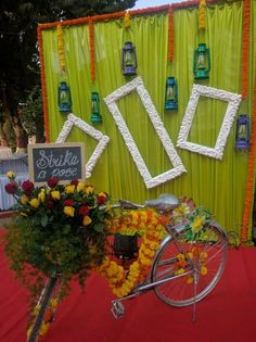 Most current No Cost 44 Trendy Wedding Backdrop Ideas Indian Photo Booths Suggestions Buy wedding decoration built simple Once you organize a wedding , you have to pay attention to the B Desi Wedding Decor, Wedding Hall Decorations, Marriage Decoration, Wedding Mandap, Backdrop Decorations, Backdrop Ideas, Wedding Ideas, Wedding Poses, Wedding Reception