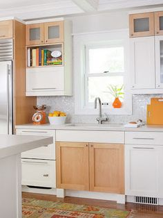 Idées décor de cuisine :Armoires blanches ~ Décor de Maison / Décoration Chambre