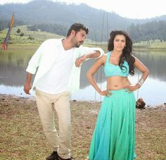 Priya Anand Hot Navel In Oru Oorla Rendu Raja Pics