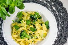 Rezept: Jamie Olivers Tagliatelle mit Brokkoli und Pesto
