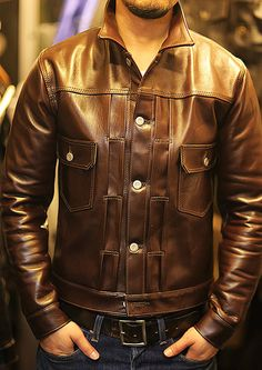 Men's jackets really are a vital component to every man's set of clothing. Men require jackets for assorted occasions as well as some climate conditions. Men's Jacket Ideas. 1950s Jacket Mens, Cargo Jacket Mens, Grey Bomber Jacket, Green Cargo Jacket, Types Of Jackets, Work Jackets, Men's Jackets, Dapper Suits, American Casual