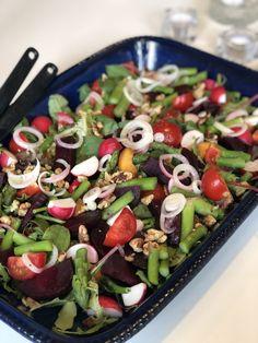The Healthy Salad Recipe Salad Recipes Video, Kebab Recipes, Salad Recipes For Dinner, Healthy Salad Recipes, Lunch Recipes, Vegetarian Recipes, Pepperidge Farm Puff Pastry, Wellington Food, Food Inspiration