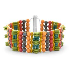 Use the exciting new Endless Loom with Pacifica Czech glass beads to create our fun and funky Pacifica Point bracelet design. It has the perfect touch of Greenery, the 2017 Pantone Color of the Year! Bead Loom Patterns, Beading Patterns, Bracelet Designs, Bracelet Patterns, Fusion Beads, Make Your Own Jewelry, Jewelry Making, Loom Bracelets, Jewelry Bracelets